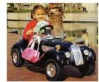 Dívka na klasické autíčko