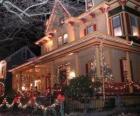 Vyzdobený dům na Vánoce