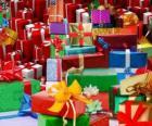 Hromada Vánoční dárky s krásným luky