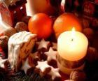 Vánoční svíčka hoří