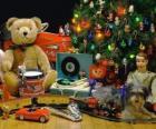 Krásná vánoční dárky pod stromeček