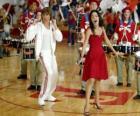 Gabriella Montez (Vanessa Hudgens) Troy Bolton (Zac Efron), zpěv a tanec