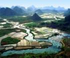 Venkovských oblastech Číny, řeky a rýžových polí
