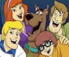 Scooby Doo a všechny gang: Shaggy, Velma, Fred a Daphne