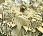 Vše je připraveno pro svatební hostině