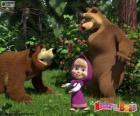 Máša s dvěma medvědy