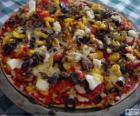 Pizza s olivami a paprika