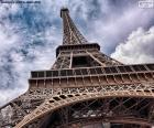 Eiffelova věž na den