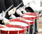 Několik bicí