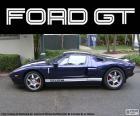 Ford GT je dvousedadlový supersportovní sportovní automobil, s v-8 motor, vyrobeno v roce 2005