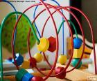 Dřevěné a kovové hračky