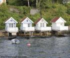 Domy na jezeře, Norsko