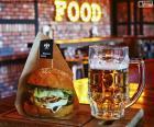 Burger a pivo