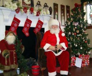 Puzle Santa Claus, posezení u krbu