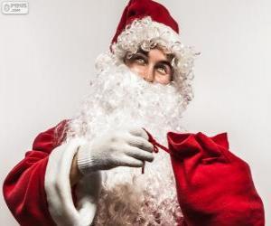 Puzle Santa Claus spokojený s vánoční dárky