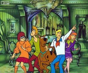 Puzle Scooby Doo a jeho partu přátel se bojí
