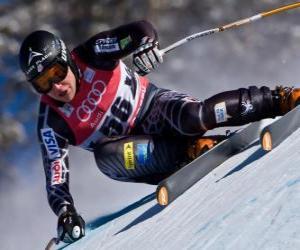 Puzle Sjezdový lyžař cvičení z kopce, Sjezd