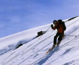Puzle Ski Telemark je technika, která se narodila v roce 1825, považován za otce moderního lyžování
