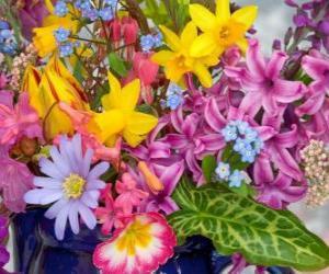 Puzle Smíšené jarní květiny