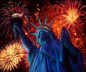 Puzle Socha Svobody, památka na ostrově v řece Hudson nedaleko Manhattanu v New Yorku