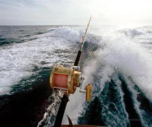 Puzle Sportovní rybářský člun.