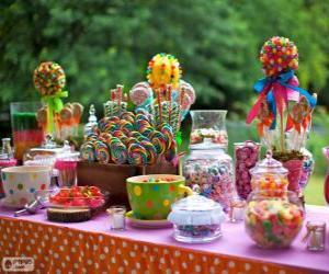 Puzle Stůl plný dobrot oslavit narozeniny