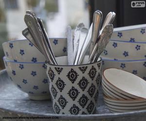 Puzle Stolní nádobí a příbory