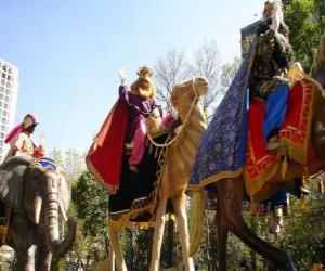 Puzle Tří moudrých velbloudi na koni