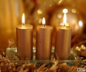 Puzle Tři zlaté Vánoční svíčky