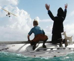 Puzle Tintin, kapitán Haddock a Milou na lodi poté, co ztroskotala