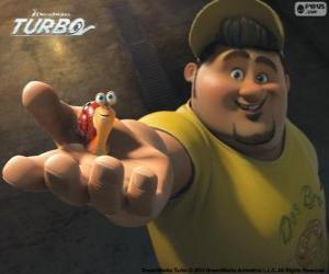 Puzle Tito, Turbo je přítel