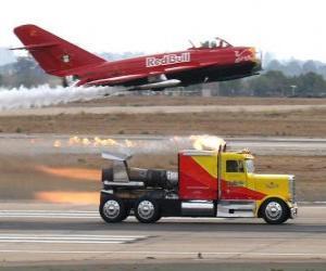 Puzle Truck vs letadlo