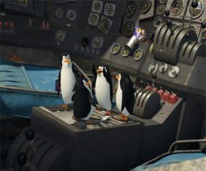 Puzle Tučňáci opravit staré zřítilo letadlo