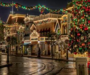 Puzle Ulice zdobené na Vánoce