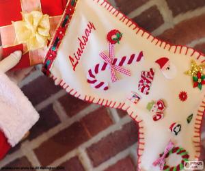Puzle Vánoční ponožka a dárek