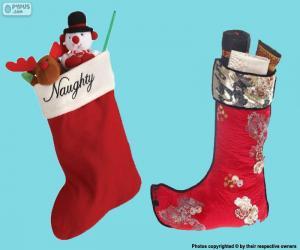 Puzle Vánoční punčochy s dárky uvnitř