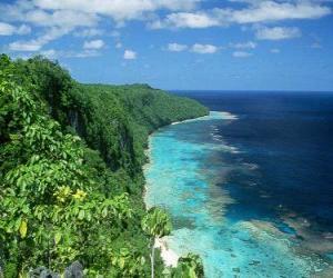 Puzle Východní Rennell je korálový atol z největších světových vysoká. Šalamounovy ostrovy.