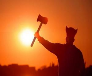 Puzle Viking ozbrojený sekerou