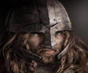 Puzle Viking tvář s knírkem a bradkou, a helma