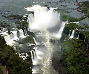 Puzle Vodopády Iguaçu, Argentina a Brazílie