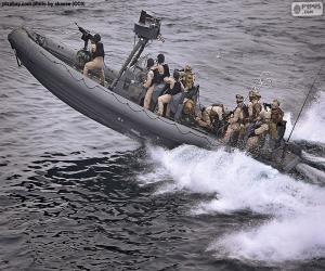 Puzle Vojenské nafukovací člun