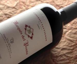 Puzle Wine Bottle